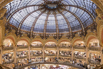 Galeries Lafayette Lounge Access and Champagne
