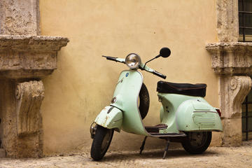 Tuscany Vespa Tour with Tasting Experience