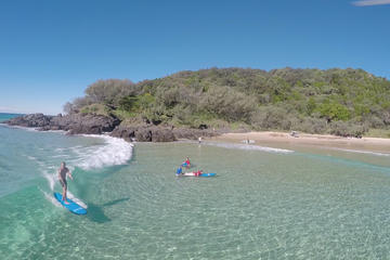 5-hour Double Island Point Surf lesson and 4WD Excursion from Noosa
