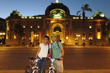 Excursión en bicicleta por la noche...