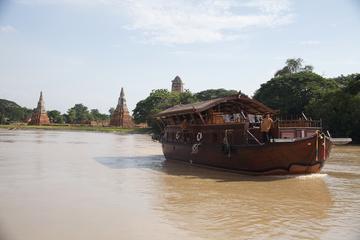 The Bangkok River Cruise by Mekkhala...