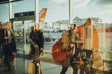 Day Trip Shared Airport Transfer: Buffalo Niagara International Airport and Niagara Falls Canada near Niagara Falls, Canada