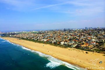 Privater Hubschrauberrundflug über die Küste von Los Angeles