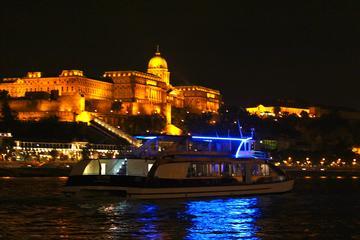 Boedapest-dinercruise met pianostrijd-show