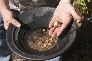 Day Trip Family Gemstone Mining near West Yellowstone, Montana