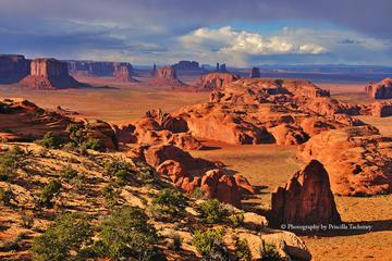 Monument Valley Hunts Mesa Overnight