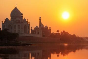 Cruise Excursion to Taj Mahal from Cochin