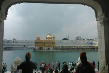 Golden Temple Tour with Wagah Border Show