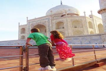 Kids Friendly Taj Mahal Day Tour from Delhi
