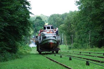 Full-Day Elblag-Ostroda Channel Cruise from Gdansk Spring 2017