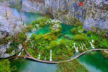 Plitvice Lakes NP Day Trip with Stop...