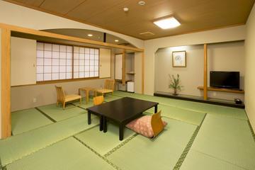 Pernottamento al Ryokan Hirashin Kyoto con onsen incluso