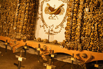 Small-Group Tour Crypts the Bone Chapel and Catacombs
