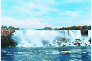 Classic All Canadian Tour From Niagara Falls New York