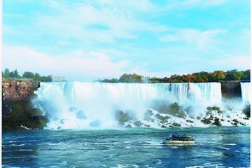 Classic All Canadian Tour of Niagara Falls
