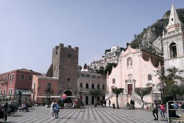 Day trip Etna and Taormina Highlights