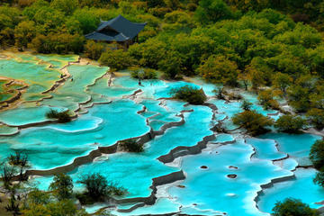 Huanglong Guided Sightseeing Day Tour