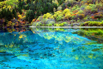 Private Day Tour to Jiuzhaigou Valley