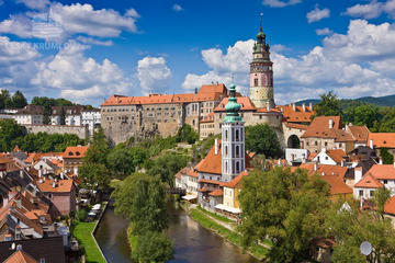 One Way Transfer to Cesky Krumlov from Prague including city tour...