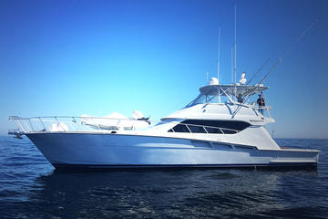 60 'Hatteras Luxury Yacht...