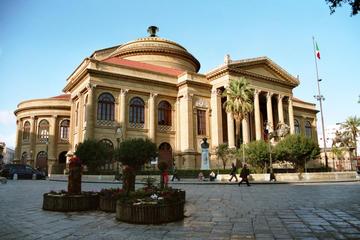 Mercati e monumenti: tour a piedi nel centro di Palermo