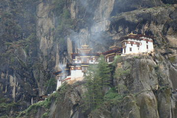 Taktsang day hike