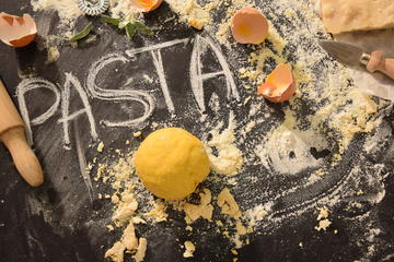 Small-group pasta cooking class in Parma