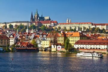 Half-Day Prague Highlights Tour: Includes Walking Tour from Prague Castle to Old Town
