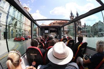 Historisk busstur med panoramautsikt i Praha
