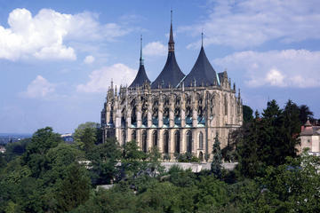 Kutna Hora Half-Day Tour Including the Bone Church Kostnice