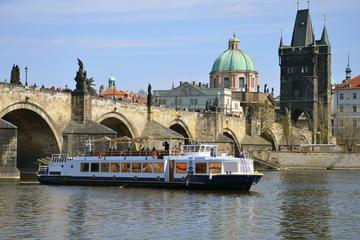 Lo más destacado de Praga: visita guiada de medio día con bebida...
