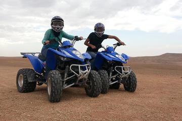 3-stündiges Quad Biking in Afagay Wüste und Lake Takerkoust