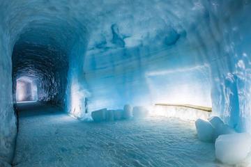 Recorrido de un día a la Cueva de hielo desde Reikiavik: Descenso a...