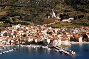 Private 5 islands Tour With Speed Boat to Blue Cave and Hvar Island...