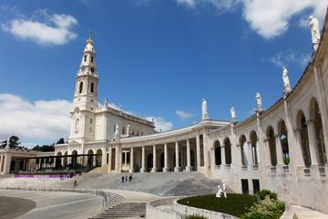 Tour privato di un giorno a Fatima da Lisbona