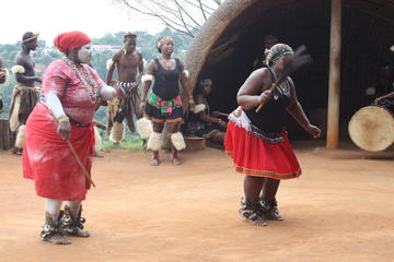 Zulu Cultural Experience and Reptile Park Guided Tour in Durban