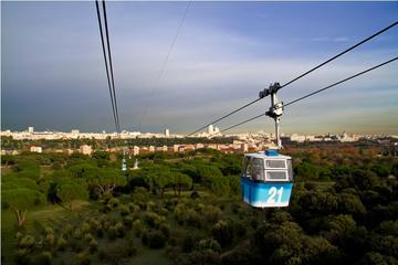 Recorrido por la ciudad de Madrid y viaje en teleférico