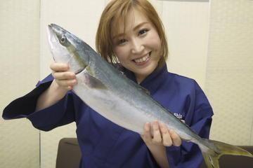 築地で刺身インストラクターによる1時間の魚のさ…