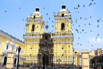 City tour a pé por Lima saindo do...