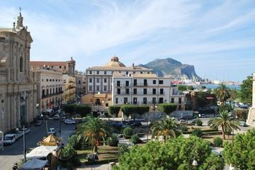 Discover the Kalsa District in Palermo