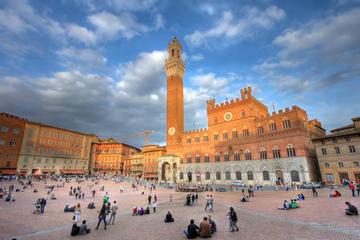 Gita a Siena attraverso la campagna