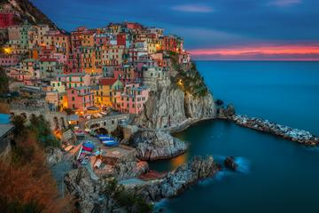 Private Sunset Boat Tour Along the Cinque Terre with Tasting