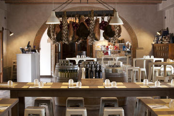 Siena countryside: cooking class in an exclusive estate