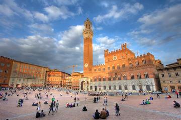 Visita a pie privada a rincones ocultos de Siena