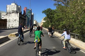 Excursão de bicicleta em São Paulo