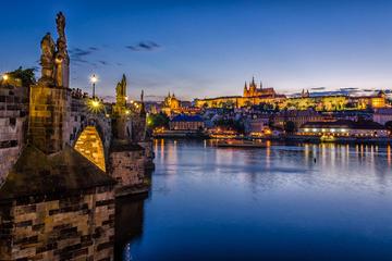 Excursion de 3jours à Prague avec aller-retour en autocar au départ...