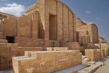 Recorrido turístico privado de 2 días para familias por Saqqara...