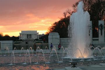 ワシントンDCの主な名所を網羅する日中ツアー
