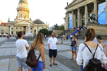 Berlin Private History Walking Tour with a Spanish-Speaking Guide