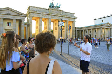 Private Berlin History Tour with Italian-Speaking Guide